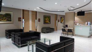 Ruang Tunggu Dokter Klinik Utama DR Indrajana